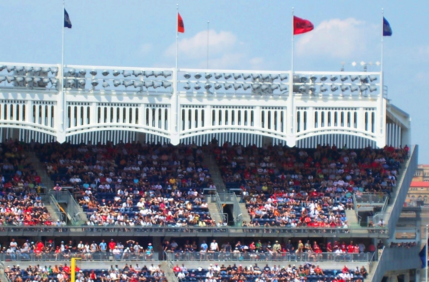 Yankee-stadium-frieze.jpg